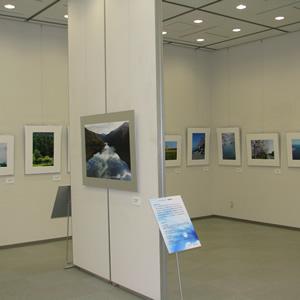 「滋賀の観光資源の紹介」案内用に供する写真の展示