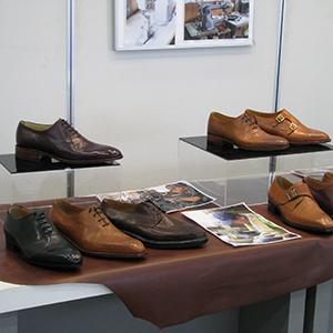 「ネットオーダー靴 ~貴方だけの1足を~」の展示写真