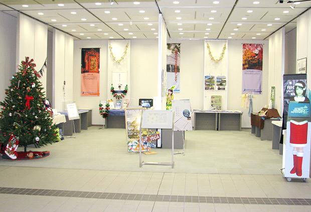 「応援します!」創業支援ギャラリーの展示会全体写真