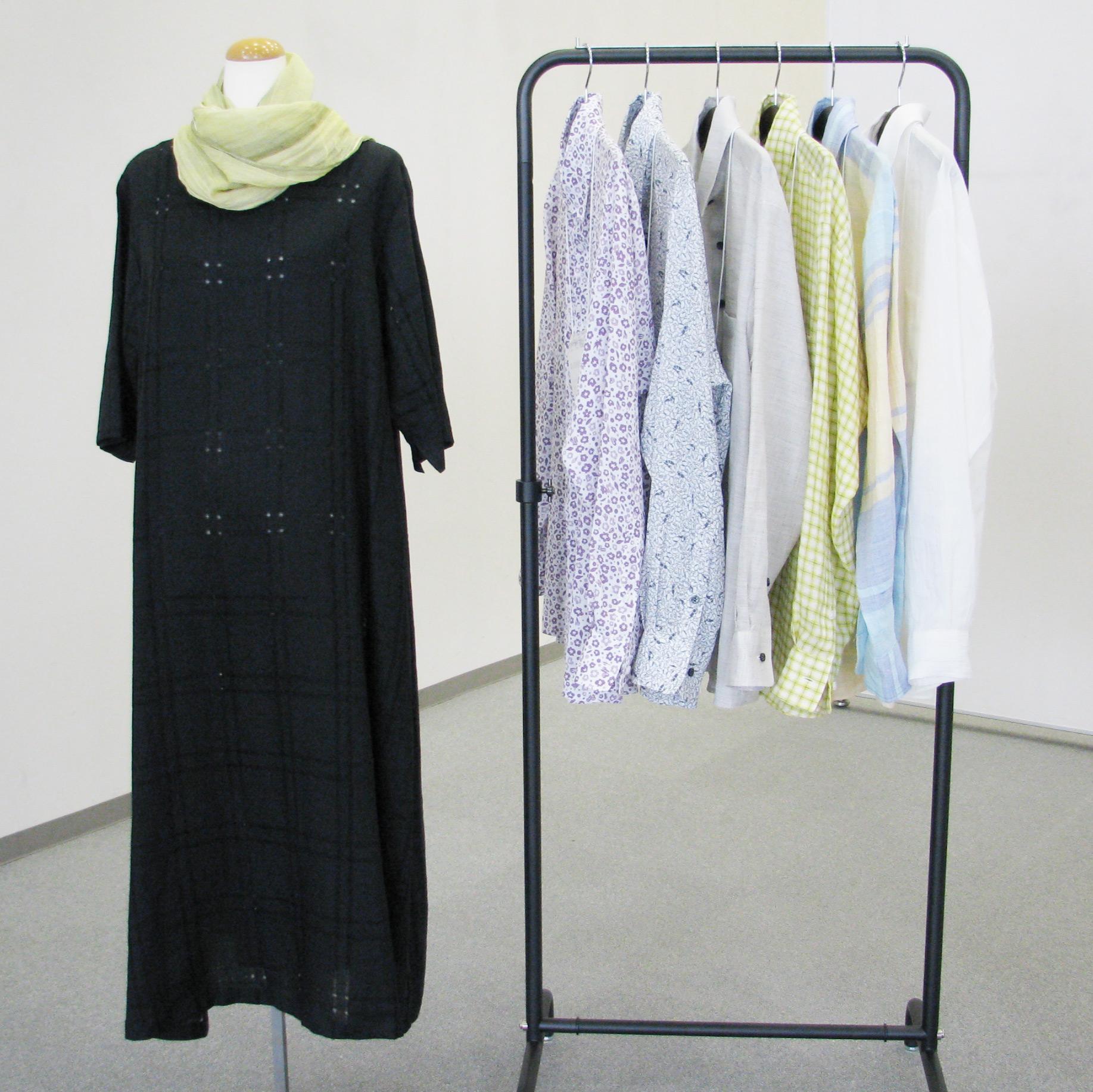 「近江の麻」「近江ちぢみ」で作られたシャツとワンピースの写真
