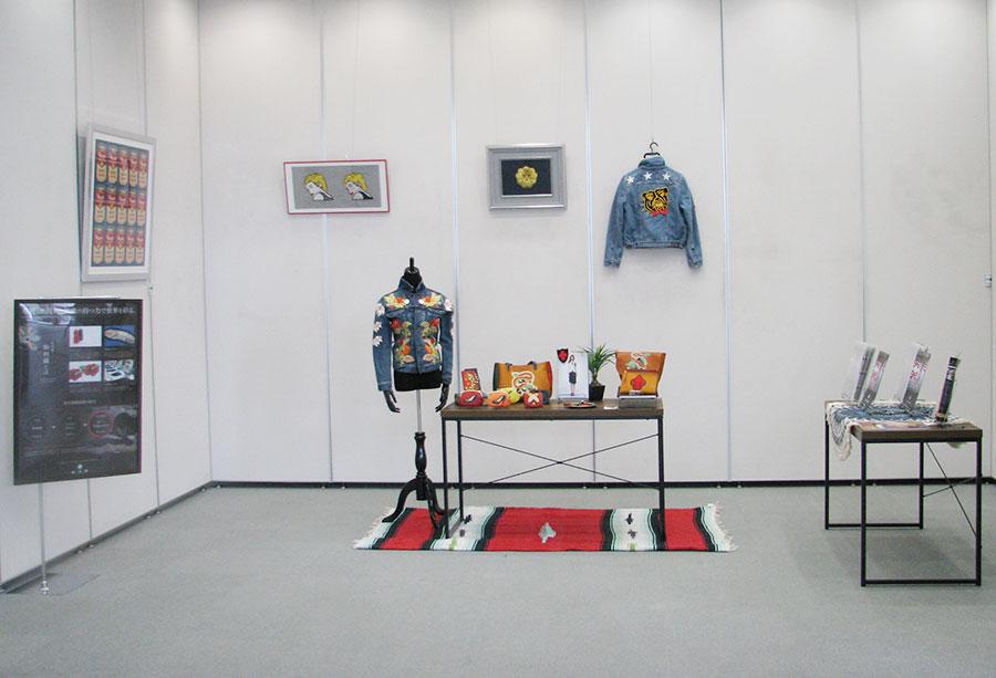「卓越した技術と刺繍の持つ力で世界を彩る-和苑繍-」展の展示会全体写真