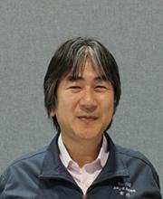 スキューズ(株) 執行役員 市川裕則氏顔写真