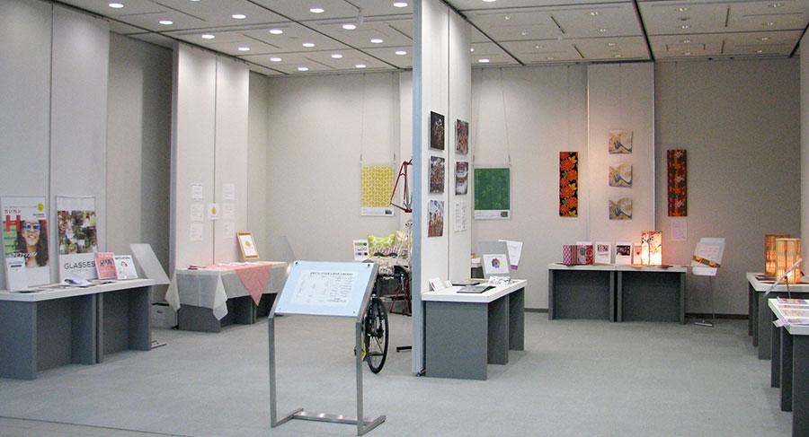 ちいさな企業応援月間展示ギャラリーの様子写真