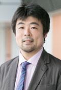 立命館大学経営学部教授 善本哲夫氏の顔写真画像