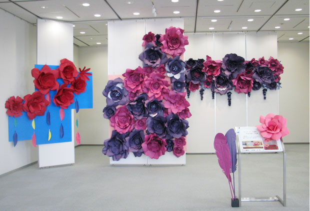 ペーパーアート装飾『To Glitter』の世界の展示会全体写真