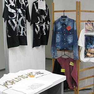 「福(服)を気(身)に着ける」展の展示会写真2
